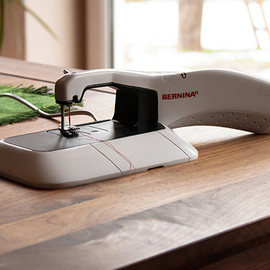 BERNINA - Hybrid Sewing Machine