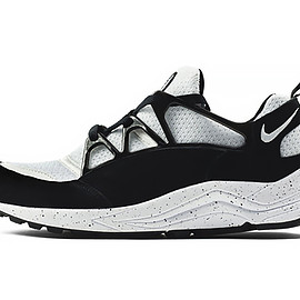 """Nike - Air Huarache Light """"Eclipse"""" Pack size? Exclusive"""