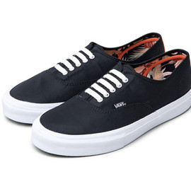 bb6259873a Deluxe × Vans   2015 Fall Winter Zip Old Skool