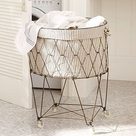 Pottery Barn - FRENCH WIRE HAMPER & LINER
