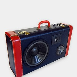 urban outfitters - BoomCase Maritime Music Machine Speaker