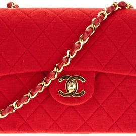 CHANEL - CHANEL VINTAGE quilted shoulder bag