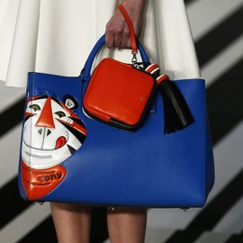 ANYA HINDMARCH - bag