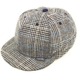 BLUE LUG - check BB cap (black)