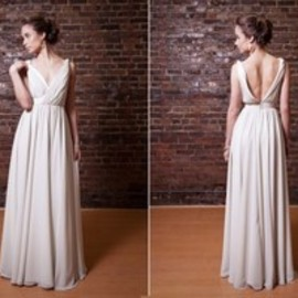 ellebay | New Westminster's Premier Custom Bridal Boutique