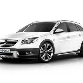 Opel - Insignia Cross Four