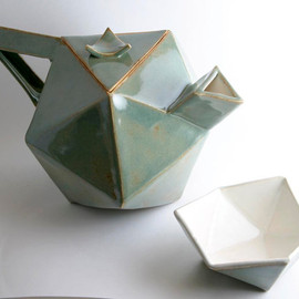 "Sage Green Geodesic ""Fuller"" Teapot and Cups"