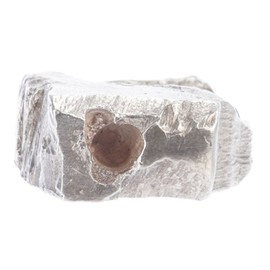 ALICE WAESE - Carved ring