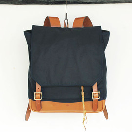 SOUTHERN FIELD INDUSTRIES - Waxed Rucksack / Dark Navy