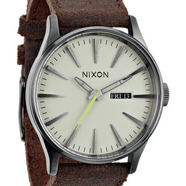 NIXON - The Sentry Leather - Gunmetal / Brown | Nixon