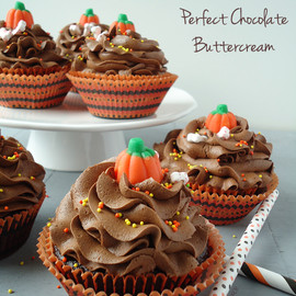 Blahnik Baker - Chocolate Cupcakes with Perfect Chocolate Buttercream