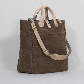 Winter Session - Garrison Bag: Rust Waxed Canvas