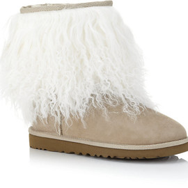 UGG - Ugg Sheepskin Cuff Boot in Beige
