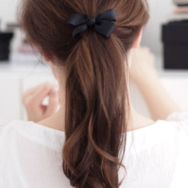 black ribbon ponytail