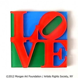 """LOVE"" Sculpture in New York"