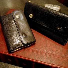 """BLACK SIGN - ROUND WALLET """"LONG"""""""