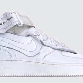 COMME des GARCONS, NIKE - Air Force 1 Mid