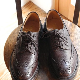"Tricker's - M5633 / ""Bourton"" Espresso Scotch Grain"