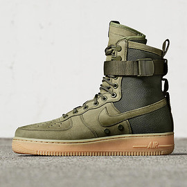 NIKE - Special Field Air Force 1 - Faded Olive/Black