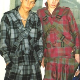 MALCOLM MCLAREN ANCIEN COLLECTION - Parachute shirt Bondage trousers Kilts
