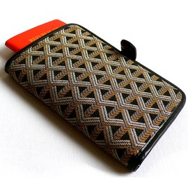 Goyard - travel wallet