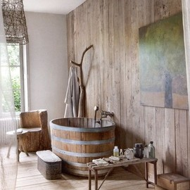 BATH ROOM - rustic bath