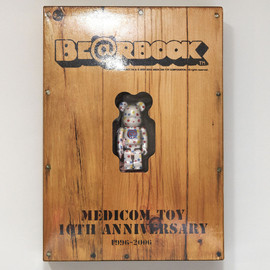 MEDICOM TOY - 10TH ANNIVERSARY BE@RBRICK