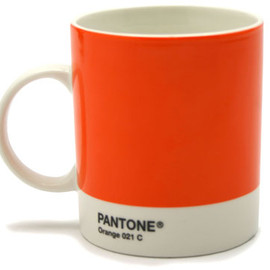 PANTONE - Mug Pantone (Orange) by Jackie Piper & Victoria Whitbread