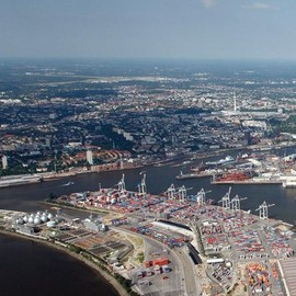Hamburg / Germany - Hamburg Container Terminal Tollerort