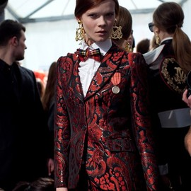 MOSCHINO - embroidered baroque blazer
