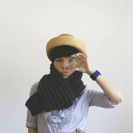 Yokoo - The EX-BOYFRIEND Scarf in Charcoal
