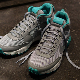 Nike - Lunar LDV Trail Mid / Grey & Sea Green