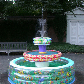 Helmut Smits - Paddling Pool Fountain