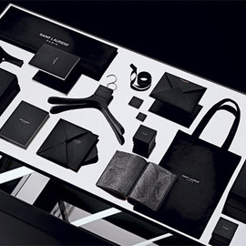 Saint Laurent - Paris - Packaging
