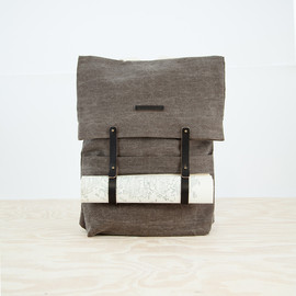 Thisispaper - The Newspaper Rucksack