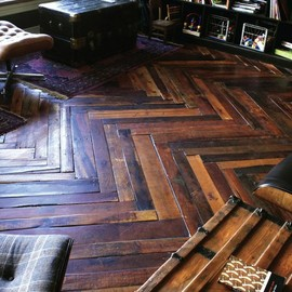 Recycled Pallet Floor by Arctic Plank
