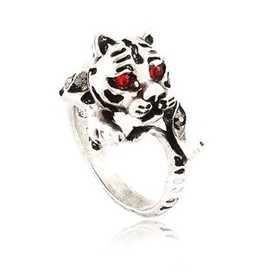 The retro personality tiger in Europe and America fashion ring sportsman must have one