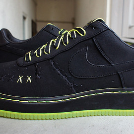 Nike - Kaws x Air Force 1 Low