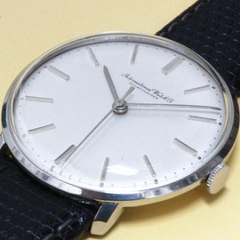 IWC - Round Style Cal.402 1960'S