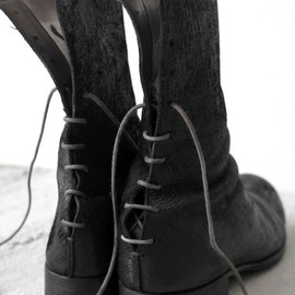 back laceup boots