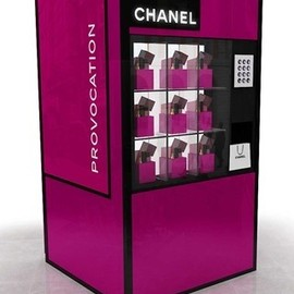 Chanel - Chanel Fashions Night Out 2012 Vending Machine
