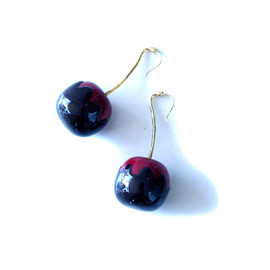 Sretsis - Cherry bomb earrings