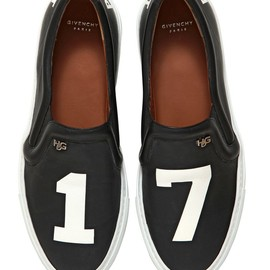 GIVENCHY - PERVERT 17 LEATHER SLIP ON SNEAKERS