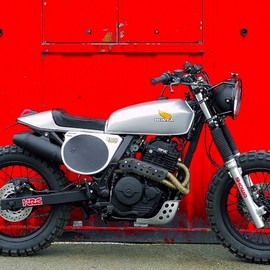 Honda - NX650 Dominator scramblers /  The Backtracker project