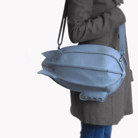krukrustudio - Grey Felt Airship Bag