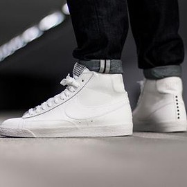 NIKE - NIKE BLAZER MID PREMIUM VINTAGE WHITE/WHITE-GUM LIGHT BROWN