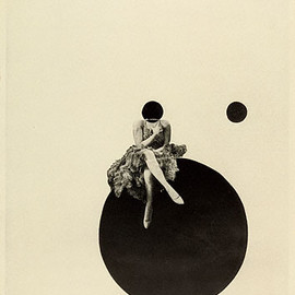 László Moholy-Nagy - The Olly and Dolly Sisters