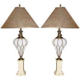 Alexander Westerhoff Antiques - Pair of Mid-Century White Murano Glass Table Lamps
