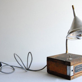 fishtail45 - CONSTANT HEIGHT handcrafted industrial desk lamp