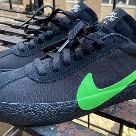 POETS, NIKE SB - Bruin React Low SB - Black/Electro Lime/While